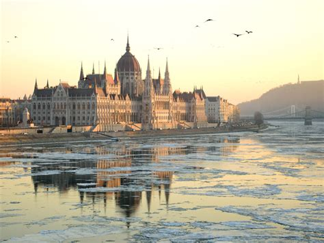 11 Photos That Will Make You Want to Visit Budapest