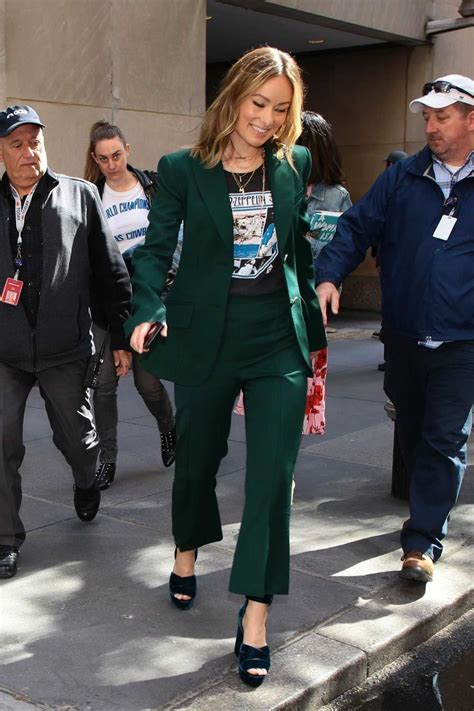 Olivia Wilde in a Green Suit Was Seen Out in NYC 05/21